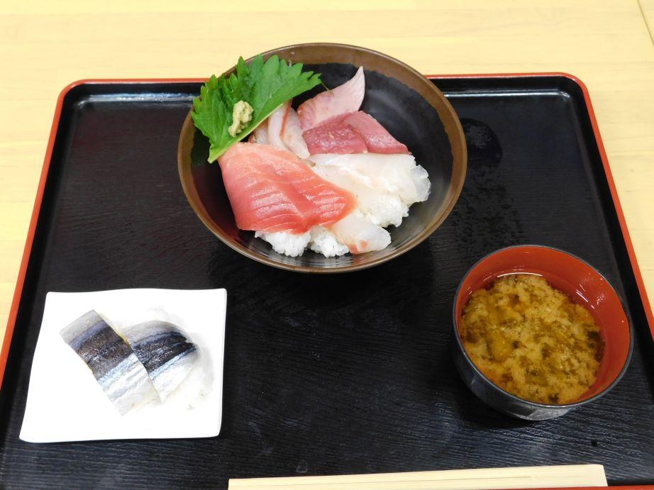 地魚ドンDX, さんま寿司, あおさ汁