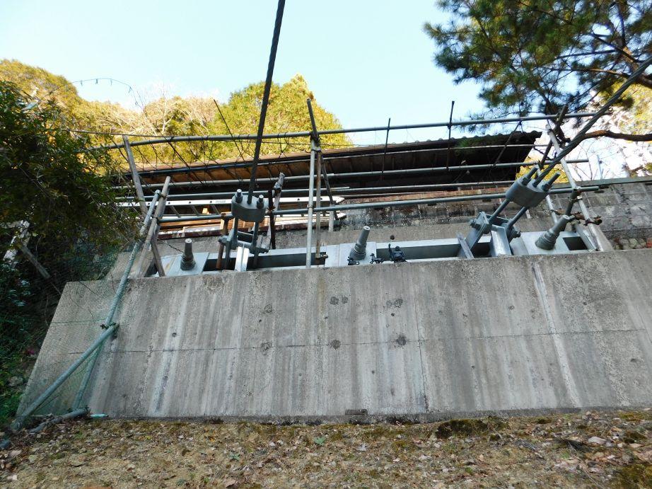 山彦橋のアンカー部分